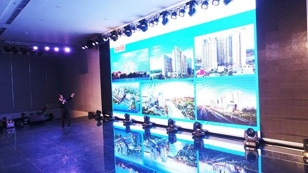 Ông Trần Minh Quang – Giám đốc Marketing Đất Xanh Miền Nam triển khai những điểm nổi bật của dự án