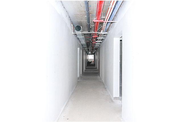 Tien do xay dung can ho 9 view quan 9 Bả sơn matit hành lang căn hộ tầng 17 Block A, B