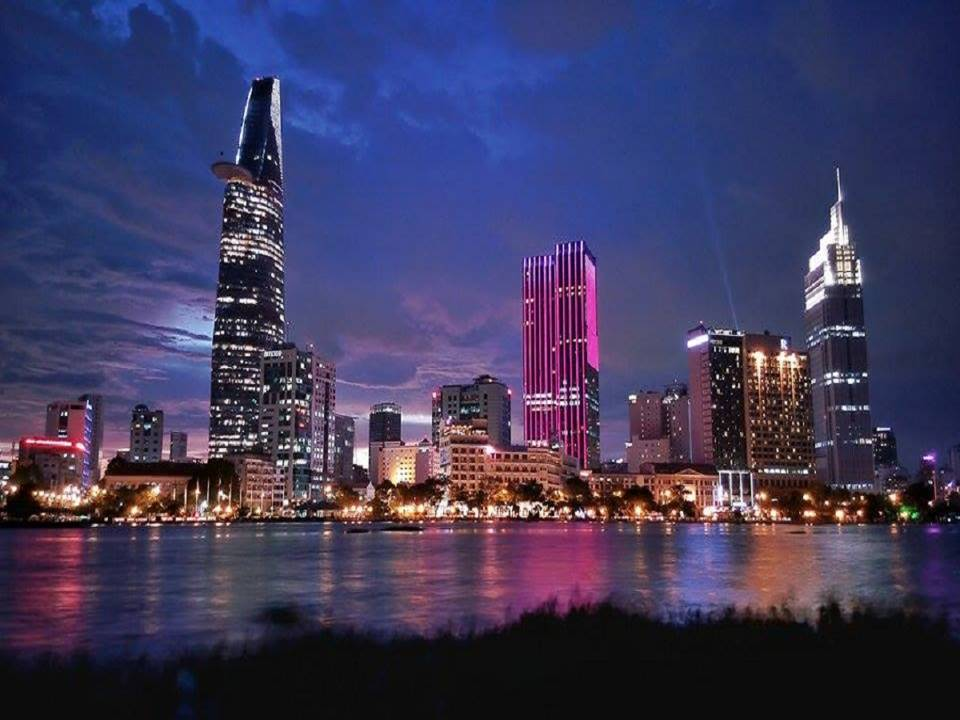 2.Can ho view song Q7 Saigon Riverside Complex