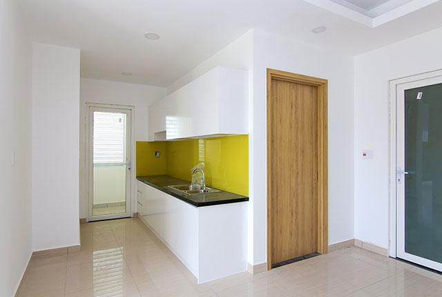 1.7Lắp đặt tủ bếp căn hộ tầng 5 - 20 block B