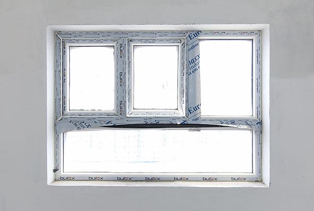 Tiếp tục lắp đặt cửa sổ từ tầng 6 đến tầng 24 block Glory